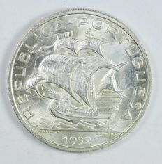 Portugal  Republic - 10 Escudos 1932 - Silver