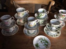 English porcelain, 24 pieces, amongst others 13 Royal Albert
