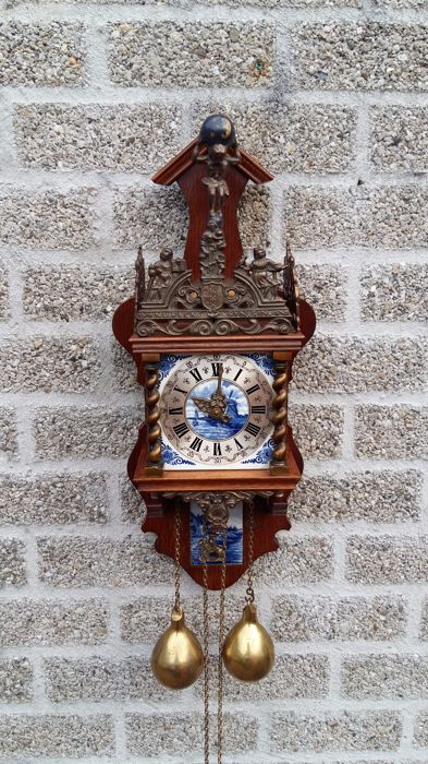 Zaandam clock with Delft blue tile - around 1960
