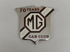 Vintage Chrome and Gold Enamel Anniversary 70 Years 1930-2000 MG Car Club Car Auto Grille Badge