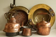 Antique copper brasero (fire dish), copper kettles, and other kitchen items - the Netherlands - first half of 20th century
