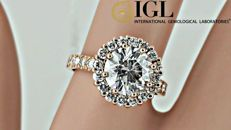 IGL 2.95 ct round diamond halo ring in 14 kt rose gold - size 7