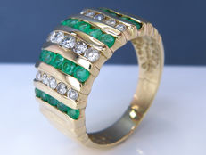 Luxurious diamond & Emerald ring - Size 49 - NO Reserve!