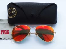 Ray-Ban Aviator - Sunglasses - Unisex