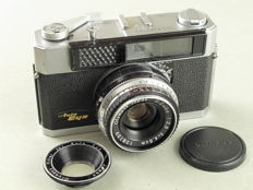 Olympus AUTO EYE, first Japanese camera with auto exposure
