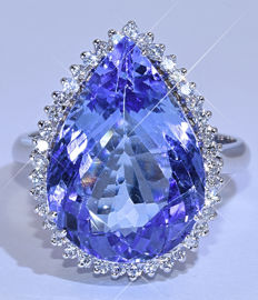 9.61 Ct Pear Tanzanite with Diamonds ring NO reserve price!