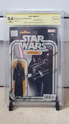Marvel Comics - Star Wars : Darth Vader #1 - Action Figure Variant - Signed By Darth Vader Dave Prowse - CGC 9.4 - (2015)
