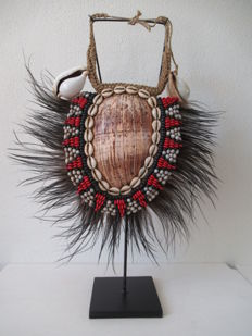 Breast ornament - TOLAÏ - New Britain, Papua New Guinea