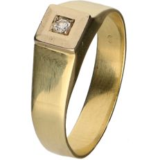 14 kt Yellow gold men's ring set with a round brilliant cut diamond of approx. 0.04 ct – Ring size: