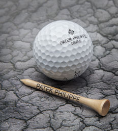 Patek Philippe Promo Golf Ball + Wooden tee set - Calatrava - No Reserve Price