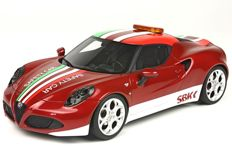 Top Marques Collectibles - Scale 1/18 - Alfa Romeo 4C 2014 - Red / White - Limited Edition 200 pieces