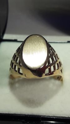 14 K gold men's ring, hallmarked time Soviet Union, No Reserve, approx year 1930