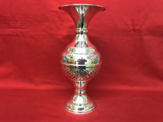 Large silver vase with embossed decorations - Tempo d'Argento - Palermo - Silver 800 - 20th century