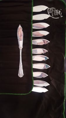 Tableware set for 12 in silver 800, consisting of 75 cutlery pieces, Italy, 1970s