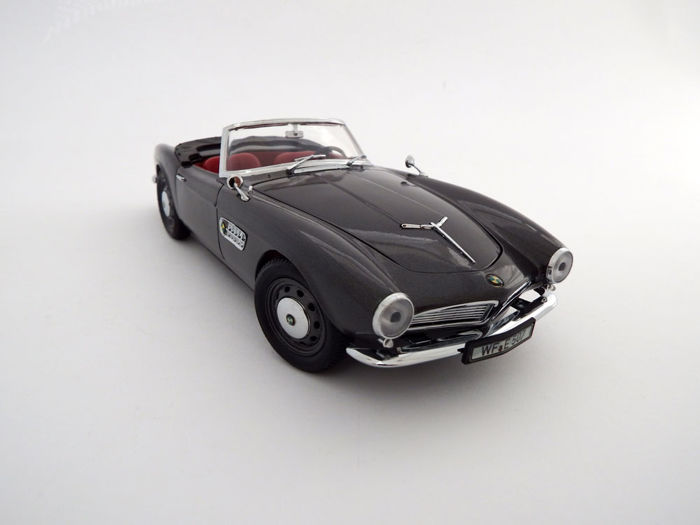 Revell-BMW - Scale 1/18 - BMW 507 Touring sport roadster 1956