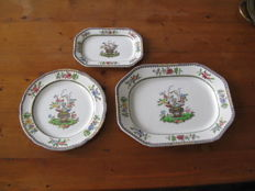 Copeland Spode, three dishes in various sizes, with impressed marks