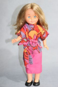 Vintage Nancy doll made in Spain by Famosa in the decade of 1960