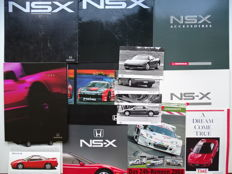 "1990 - 2004 - HONDA ""NSX"" - THE japanese supercar - Mixed lot of 14 book, brochures, roadtests & press photos"
