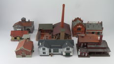 "Vollmer/Faller Scenery H0 - Collection of 7 factories including a coal/fuel depot, brick factory and an ""Alfred Schlosser"" factory"
