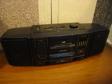 ***JVC PC-V66 Component System with two detachable Speakers,  EQ, and Hyper-Bass Sound SUPER***