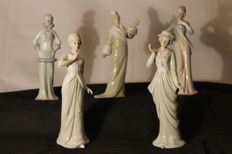 6 sculptures - Dancer and vintage women in Spanish porcelain - In perfect condition