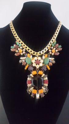 Joan Rivers huge statement necklace New York