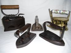 5 antique copper and cast-iron irons - the Netherlands - 19th century - 20th century