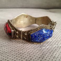 Oriental silver, lapis-lazuli and coral bracelet - low reserve price