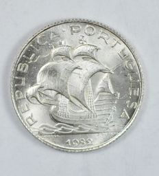 Portugal Republic - 2 ½ Escudos 1932 - Silver