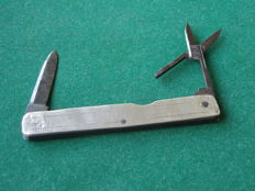 Silver thumb stick / scissors / pocket knife