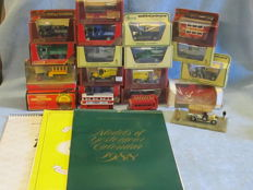 Matchbox Models of Yesteryear - Scale ca1/76-1/43 - Lot with 30 models and Calendars - Code 1 & 3