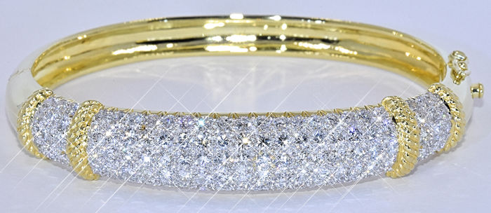 5.14 Ct Diamond bangle bracelet NO reserve price