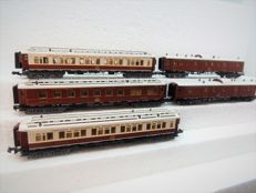 Minitrix N - 3178/3179/3180/3181/3182 - 5-piece Oriëntexpress of the CIWL, with interior ligthing.
