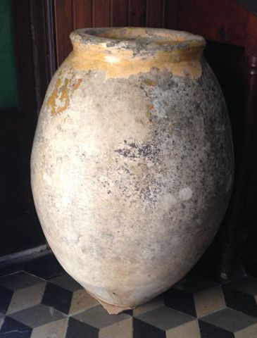 Authentic Ligurian Jar used in the past for storing oil