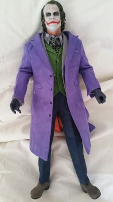 The Joker Handmade Item Unique Very Detailled 13 Inch 1/6 Scale High Statue!