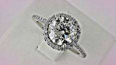 2.72 Ct  VS2 round diamond ring made of 14 kt white gold - size 7.5