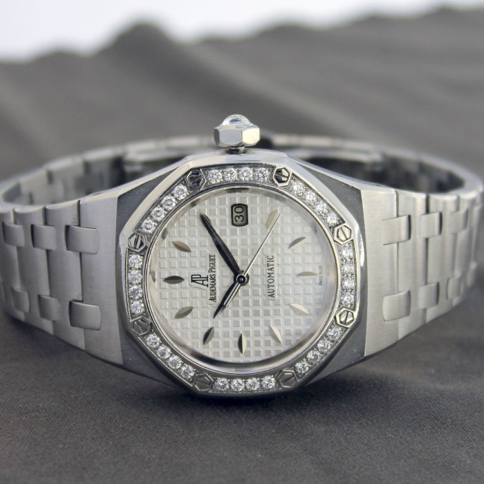 Audemars Piguet - Royal Oak Lady Diamonds - 77321ST.ZZ. D012CR.01 - Women's - 2000-2010