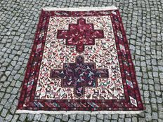 OLD Made in Iran - Persian Sumak Rug -Hand knotted - 155x117 cm