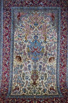 Isfahan, fine, approx. 246 x 155 cm, in top condition, Iran, cork with silk, fine knotting, approx. 1,000,000 knots