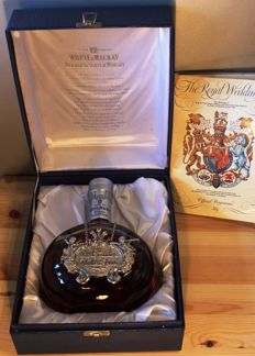 Whyte & Mackay Special Bottling to Royal Wedding (Charles & Diana), 29th July 1981, Scotch Whisky, 75cl, 40% vol. incl. Booklet (26 sites)