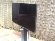 Bang & Olufsen Beovision 7-40 MK3 with full HD