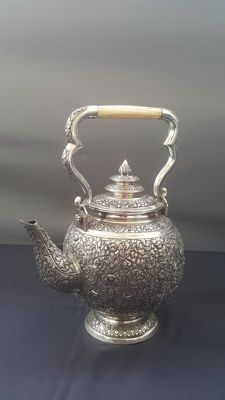 """Incredible Tea Tender, Ancient Teapot in Solid Silver, Weight: 1033 grams, bears the Silversmith's Stamp """"DAC"""", of Indochinese or Cambodian Origin, dating back to the 30s."""