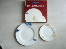 "2 porcelain plates of Salvador Dali ""the eye of the time 1949"" and ""Soft watches 1936"""