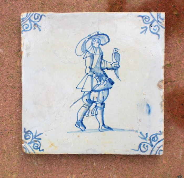 Antique tile with a falconer!  (A special depiction)