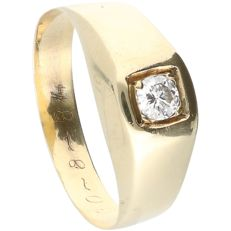 14 kt yellow gold ring set with a round brilliant cut diamond of 0.20 ct. - Ring size: 19 mm