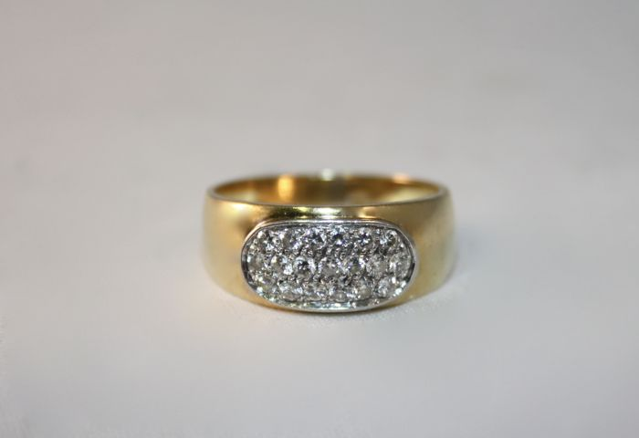 Shank ring in 18 kt gold with diamonds for 0.45 ct - Size 16 (56) - Free resizing