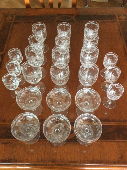 24 crystal glasses