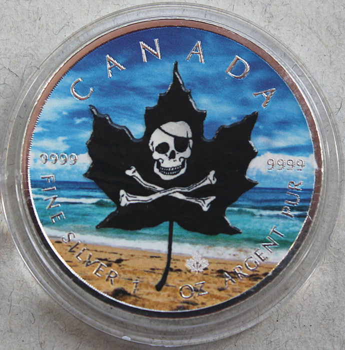 Canada -  5 Dollars 2017 'Maple Leaf / Pirates' colorized - 1 oz silver