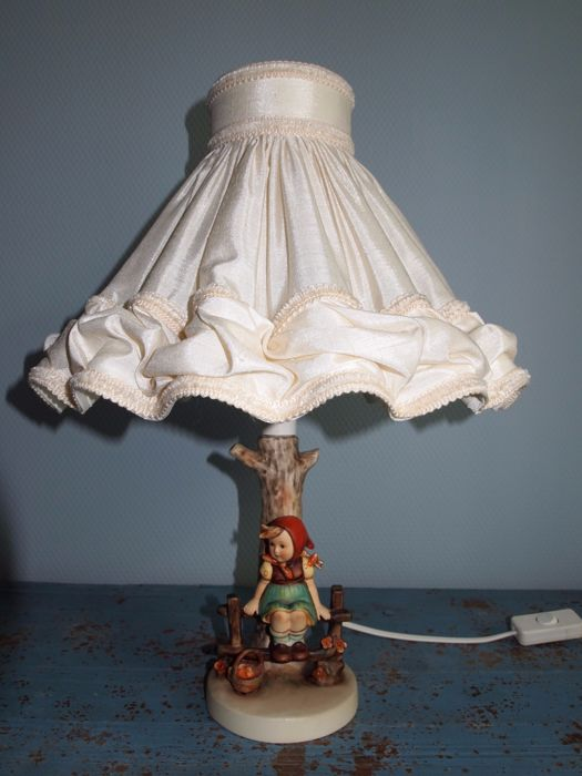 "Authentic Goebel  M.J. Hummel Figurine 225,1  , ""Just Resting"" Lamp"
