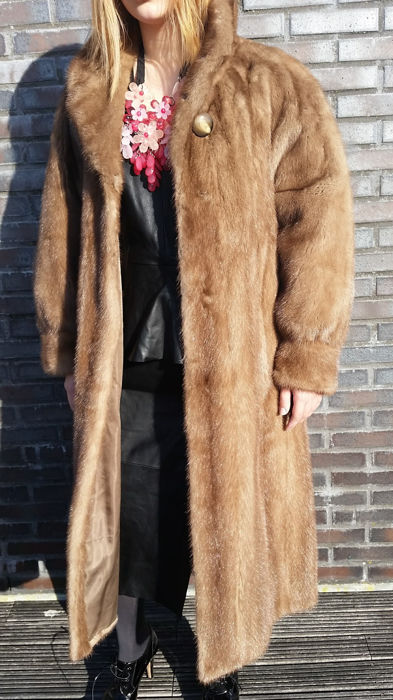 Saga Mink - Fur coat
